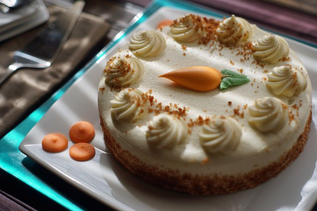 How to Store Carrot Cake