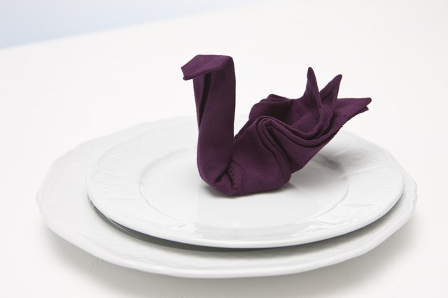 How to Fold Swan Dinner Napkins