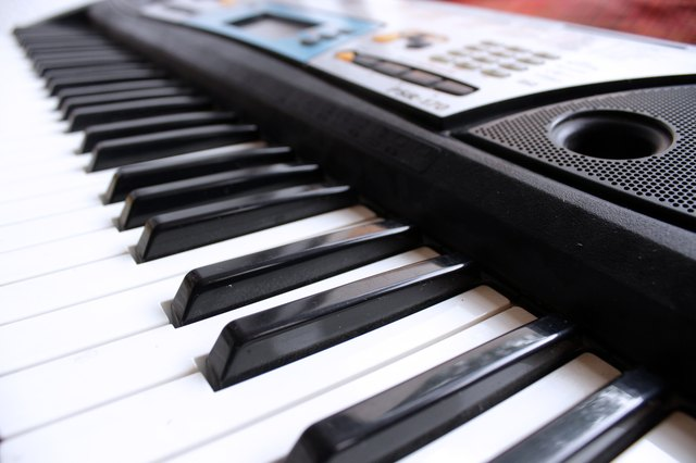 casio vs yamaha keyboards with pictures ehow