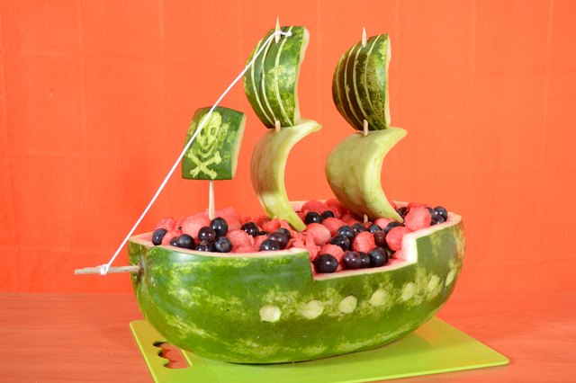 How to Carve a Watermelon Into a Pirate Ship (with Pictures) | eHow