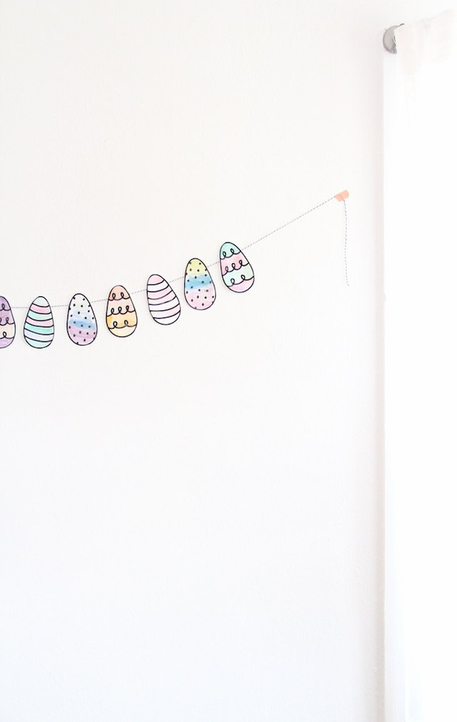 Easy Easter egg garland