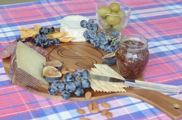How to Make a Wood Burned Cheese Board picture