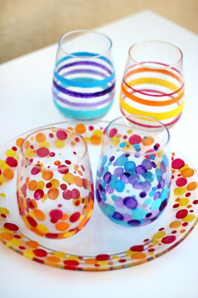 Paint glass with acrylic paints no artistic ability for Painting on glass windows with acrylics