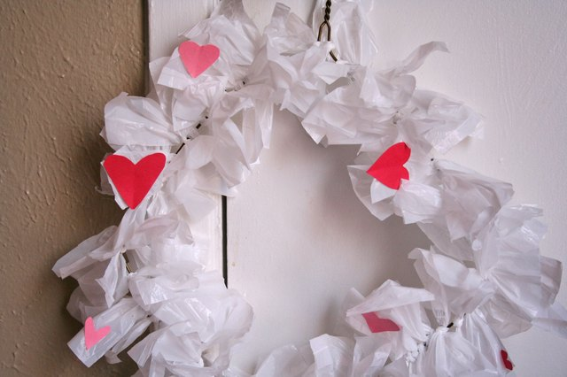 How to Make Wreaths Out of Coat Hangers & Plastic Bags for Kids