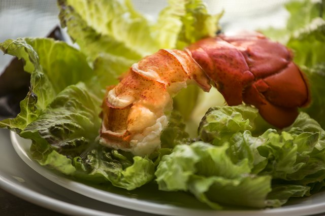 how to cook thawed lobster