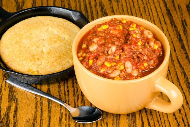 How to Make Crock-Pot Chili With Dried Pinto Beans