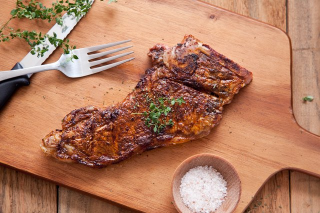 Tips for Grilling & Seasoning Steaks
