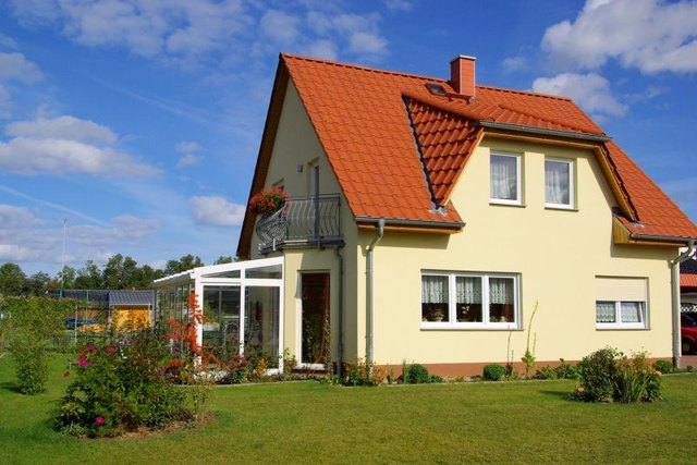 Exterior Foundation Paint Colors With Pictures Ehow