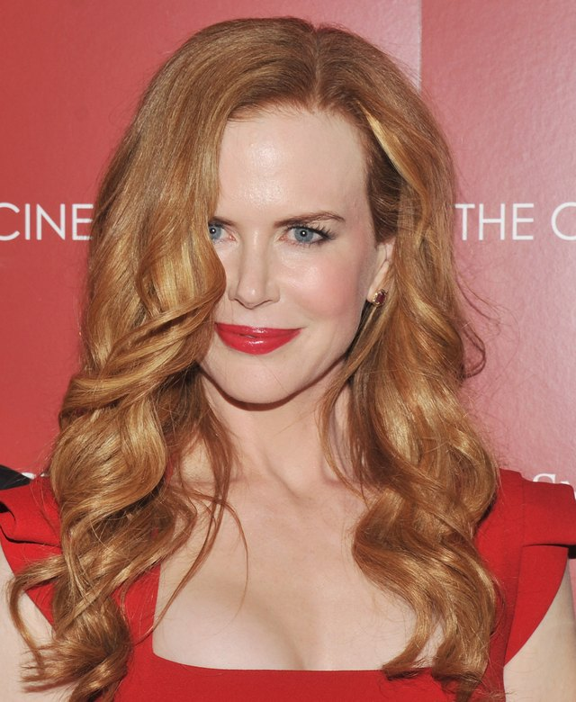Nicole Kidman's signature red curls shine on the red carpet.