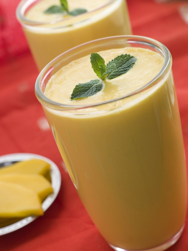 A spicy mango smoothie will boost your metabolism.