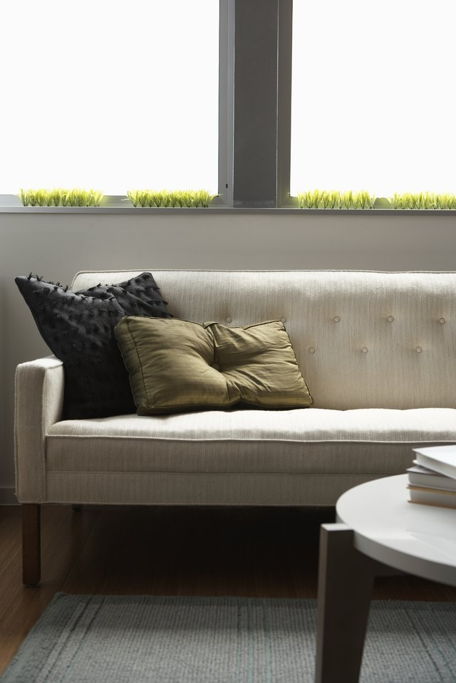 How To Remove Water Stains From A Couch With Pictures Ehow
