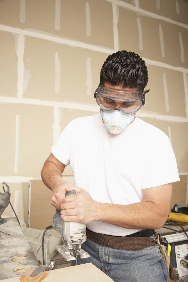 Best Way To Cut Laminate Flooring best way to cut laminate flooring around door frames The Best Way To Cut Laminate Flooring