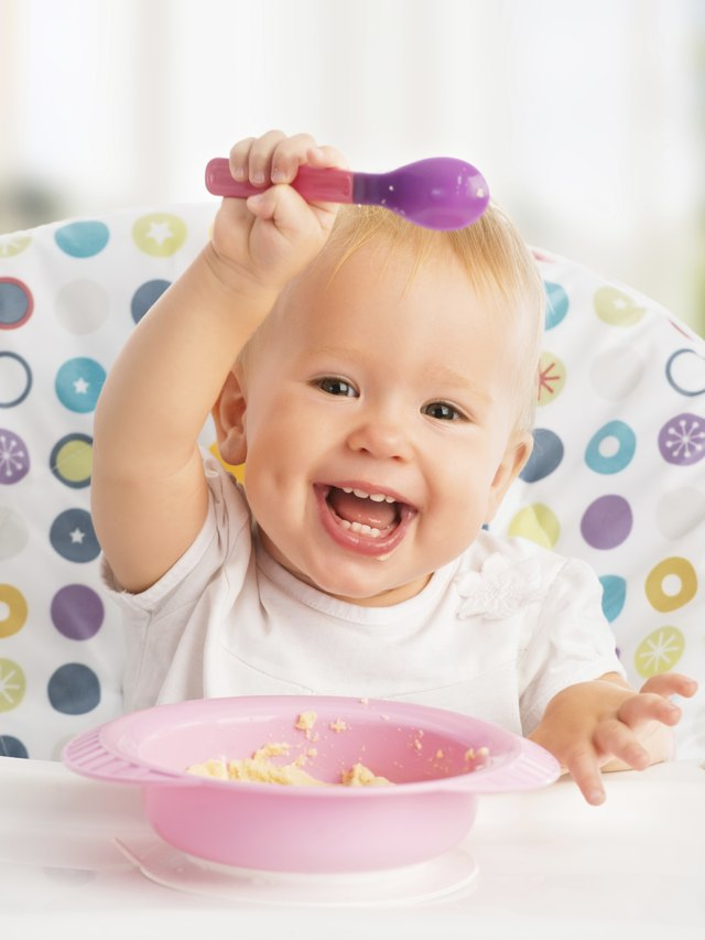 many new foods can be introduced to your child at 10 months