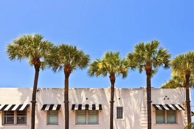 Exterior Paint Color Ideas For Florida With Pictures Ehow