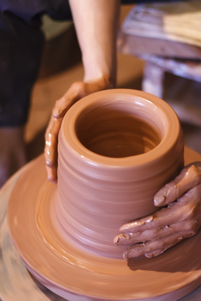 Pottery is another traditional eighth anniversary gift.