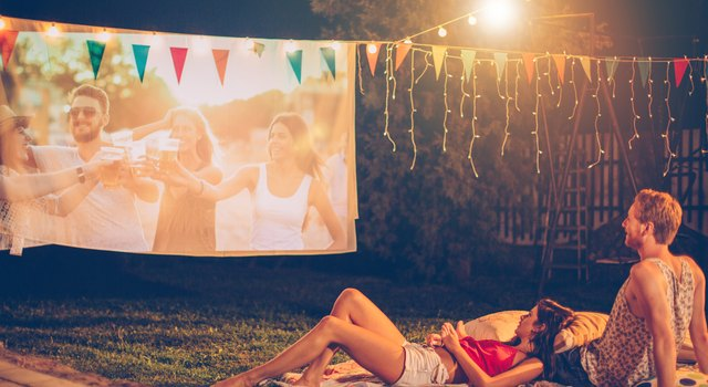 How to Set Up an Outdoor Theater in Your Backyard