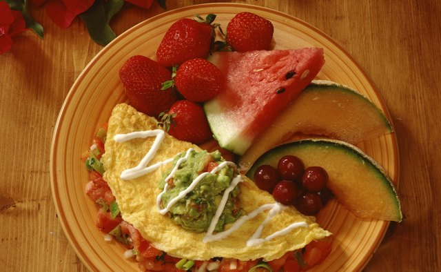 A southwestern omelet fills you up with peppers and tomatoes, but keeps your calories low.