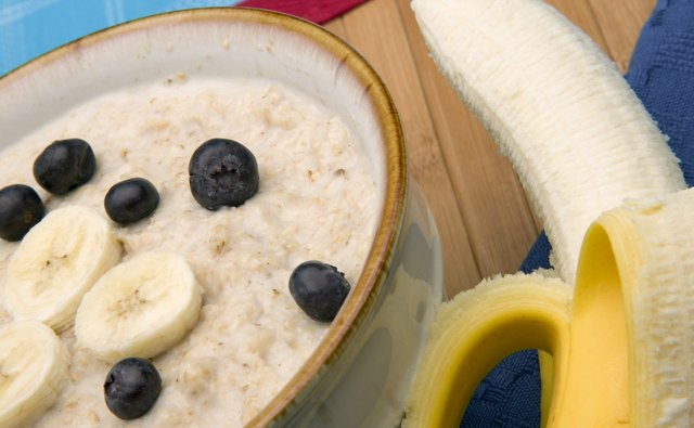 Ready-to-eat oatmeal can be augmented with fresh fruit.