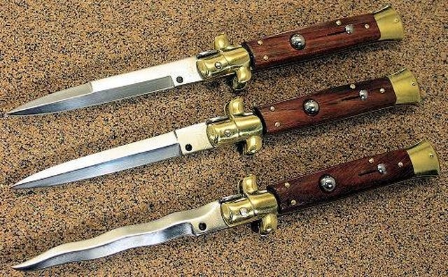 Classic Italian Stiletto Switchblades of the