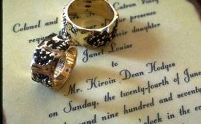 How To Respond To A Wedding Invitation RSVP