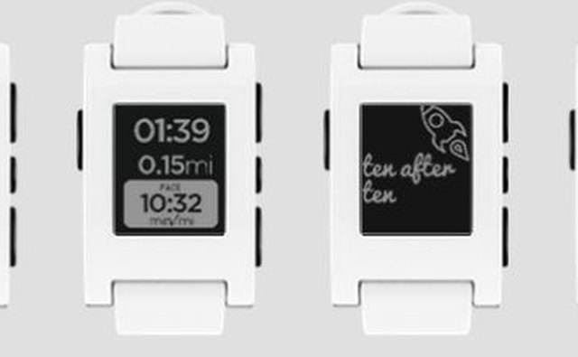 Pebble Classic in white