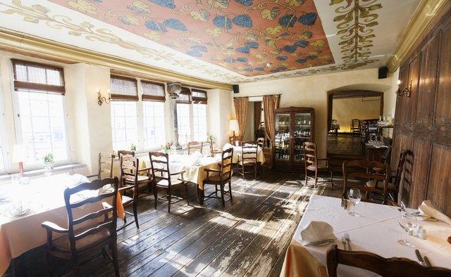 小餐厅墙壁装饰