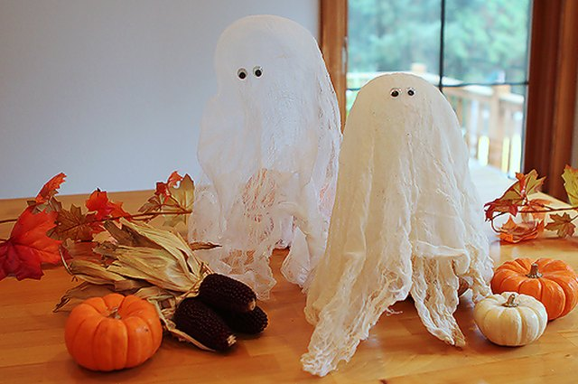 Classic Halloween Decor: Cheesecloth Ghosts