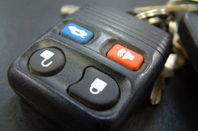 How to Use Your Car Keys as a Makeshift Home Alarm System