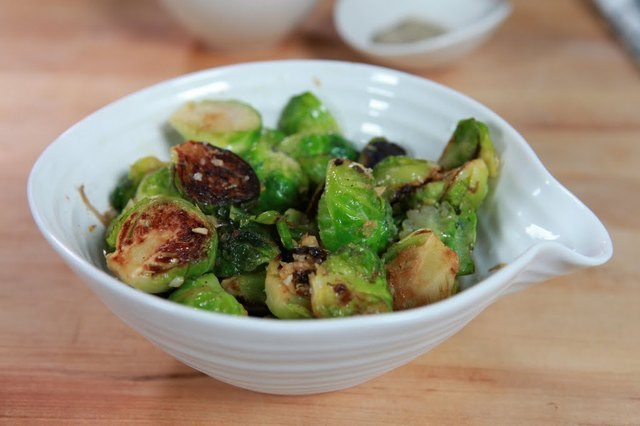 Pan-Seared Brussels Sprouts with Lemon Zest Recipe