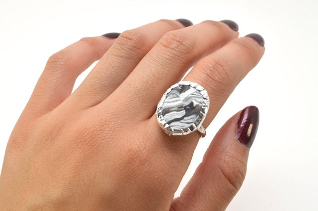 DIY Faux Marble Ring