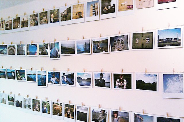 The Easiest Way to Organize Your Mess of Photos