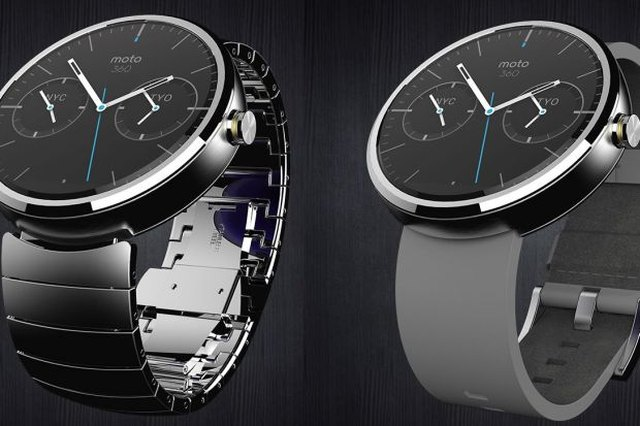 Moto 360 Review: Fundamentally Flawed