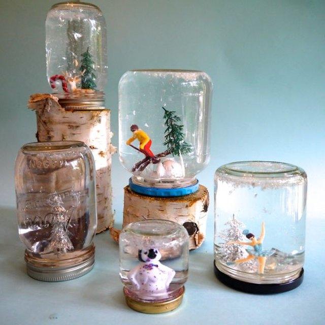 DIY Mason Jar Snow Globes