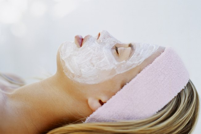 [Article Image] - 10 Facials You Can Make at Home