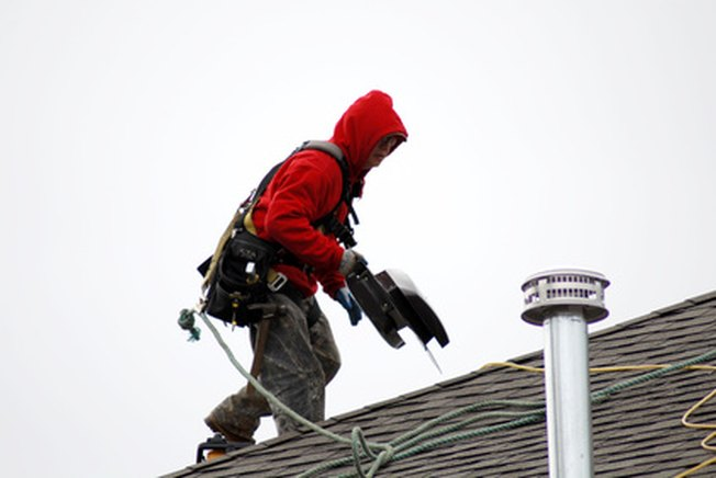 [Article Image] - How Much to Pay a Roofer?
