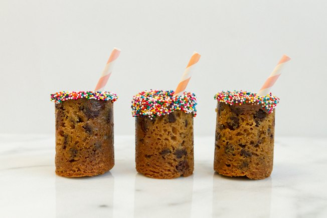 [Article Image] - Milk-and-Cookies Shot Glasses
