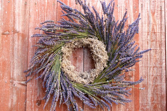 [Article Image] - Graveside Wreath: DIY Lavender Wreath
