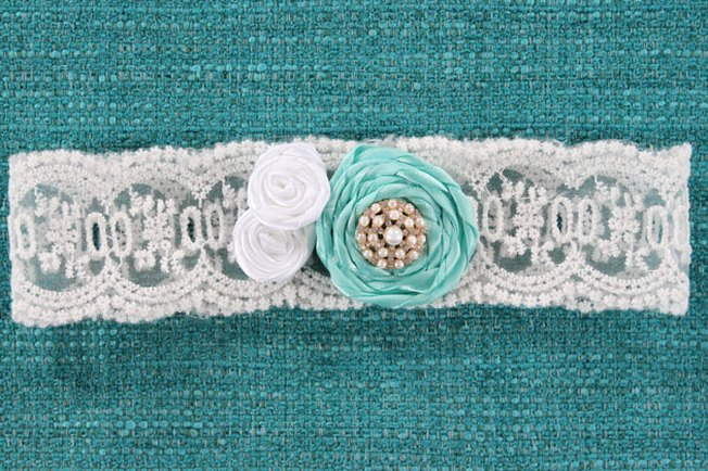 [Article Image] - How to Make a Bridal Garter