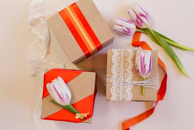 [Article Image] - 3 Wedding Favor Wrapping Ideas