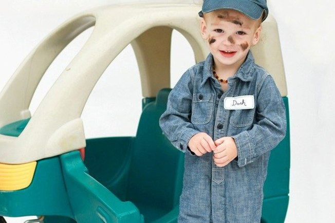 [Article Image] - Easy Homemade Halloween Costume Ideas