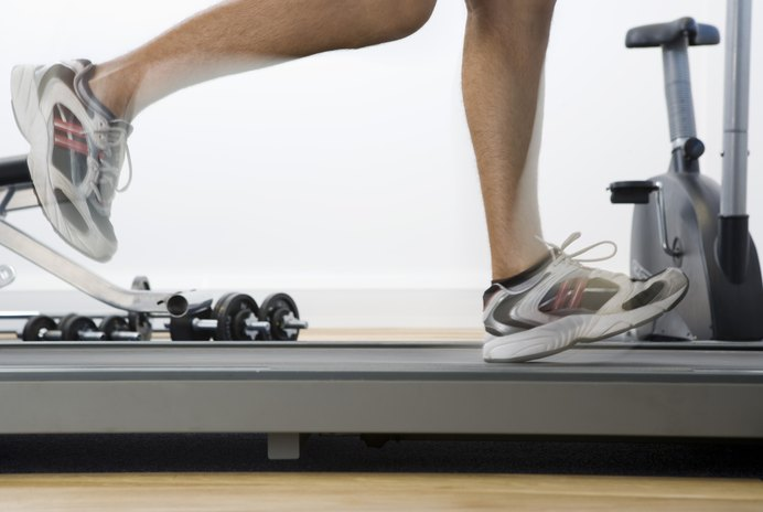 Avoiding Foot Pain When Using a Treadmill Desk