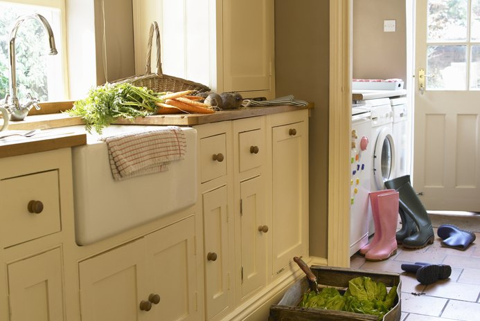 How to Save Money on Kitchen Remodels