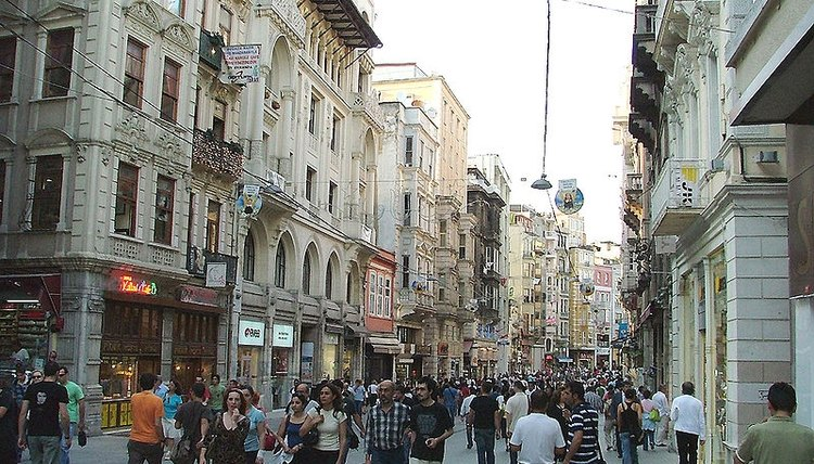 İstiklal Caddesi in Beyoğlu was the center of the foreigner quarter of Istanbul in Ottoman times.
