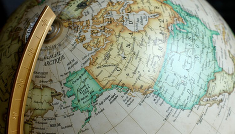 Learn how to use references on your globe to read it.