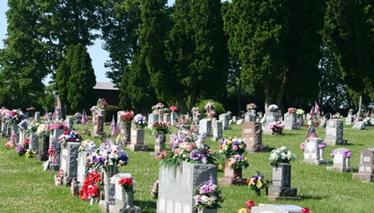 With the help of a friend you can raise the money you need for a loved one's funeral.