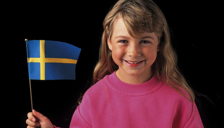 Engage your child making Christmas crafts from Sweden.