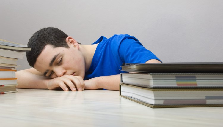 Stimulating your mind, socializing and adopting healthy habits can reduce boredom.
