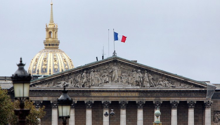 France also has a unitary government, headquartered in the National Assembly.