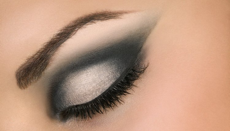 For serious color, apply an eye primer to the entire eye before beginning the makeup application.