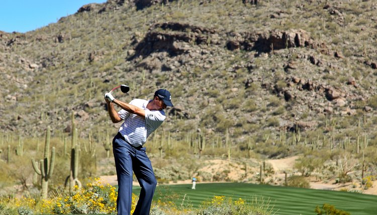 PGA Tour pro Matt Kuchar rotates his upper body perpendicularly relative to the spine in his one-plane swing.